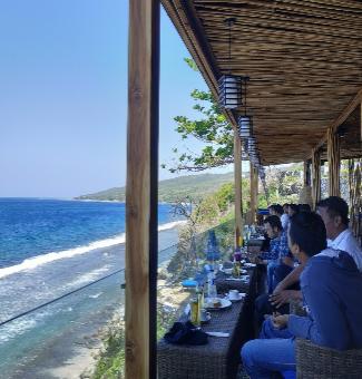 Lido Beach Bar & Resto Nusa Penida