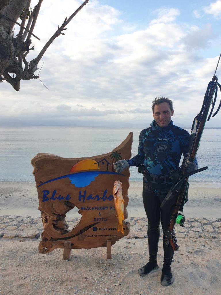 nembak ikan di Nusa Penida