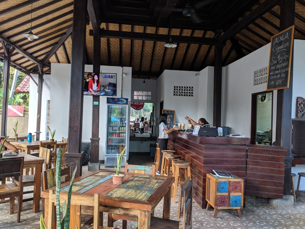Acala Hostel & Reef Bar Nusa Penida
