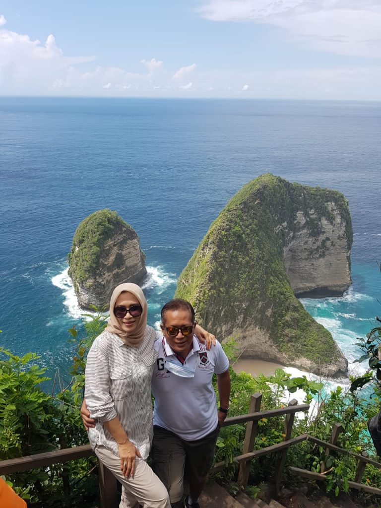One Day Trip Barat & Timur